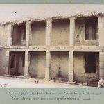 Maison style espagnol de l'ancien corregidor de Tiahuanaco. Les colonnes sont construites avec les pierres des ruines.