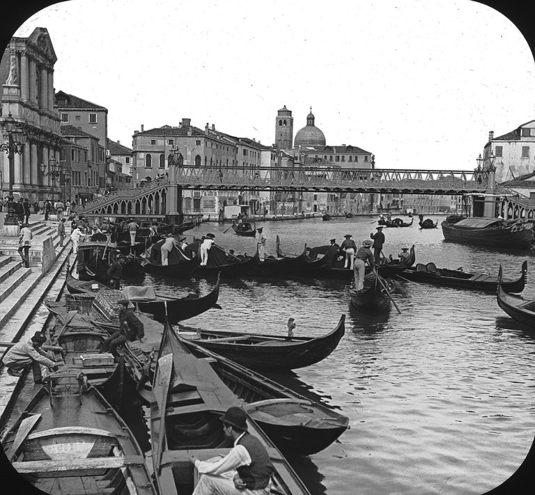 Brooklyn Museum: Visual materials [6.1.027]: Venice.