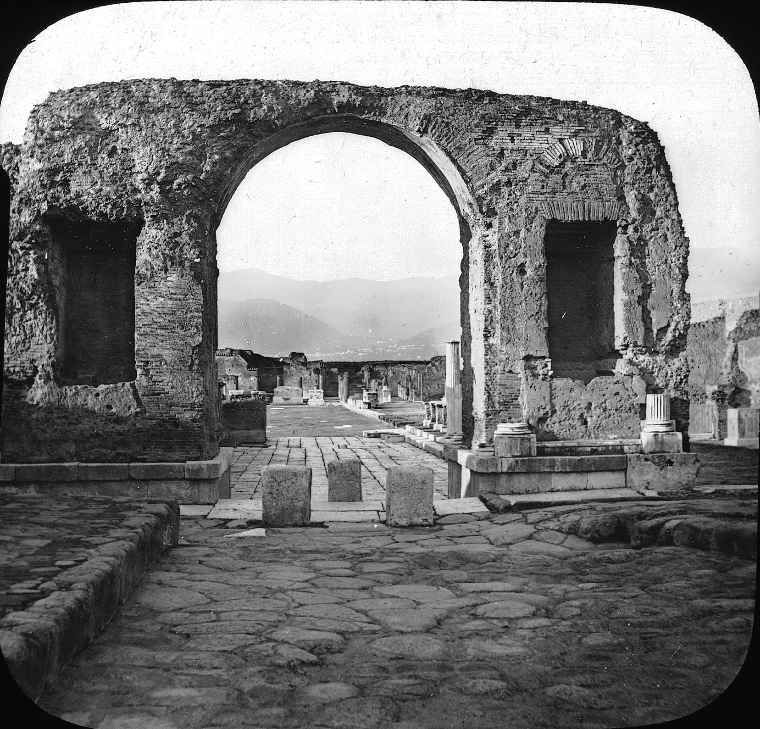 Brooklyn Museum: Visual materials [6.1.024]: Pompeii.