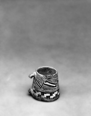 Ancient Pueblo (Anasazi) (Native American). Black on White Mug. Clay, slip, 9 1/2 x 10 in. (24.1 x  25.4 cm). Brooklyn Museum, Gift of Charles A. Schieren, 01.1538.1748. Creative Commons-BY