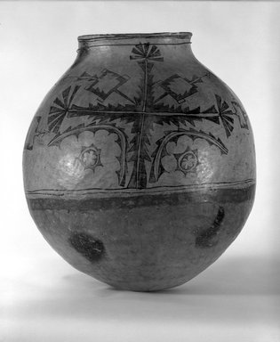 Ko-Tyit (Cochiti Pueblo) (Native American). Olla or Jar, late 19th century. Clay, pigment, 20 1/2 x 20 in. (52.1 x 50.8cm). Brooklyn Museum, Riggs Pueblo Pottery Fund, 02.257.2390. Creative Commons-BY