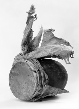 Navajo (Native American). Jar Drum (Asa Itdoni), 1868-1903, late 19th-early 20th century. Pottery, hide, pigment (pinon pitch?) cloth, fiber, 10 1/4 x 6 1/4in. (26 x 15.9cm). Brooklyn Museum, Museum Expedition 1903, Museum Collection Fund, 03.325.3639. Creative Commons-BY