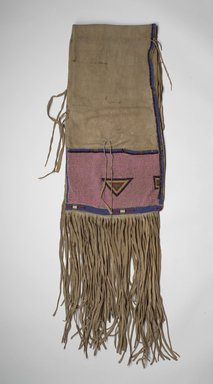 Ute (Native American). Saddle Bag (Atlsa asisi), late 19th or early 20th century. Hide, beads, 27 9/16 x 14 15/16 in. (70 x 37.9 cm). Brooklyn Museum, Museum Expedition 1903, Museum Collection Fund, 03.325.3767. Creative Commons-BY