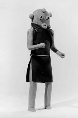 She-we-na (Zuni Pueblo) (Native American). Kachina Doll (Elsa-pa-sha [Mudhead Clown]), late 19th century. Wood, pigment, cloth, string, nails, 15 x 5 1/2 in. (38.1 x 14.0 cm). Brooklyn Museum, Museum Expedition 1903, Museum Collection Fund, 03.325.4603. Creative Commons-BY