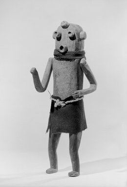 She-we-na (Zuni Pueblo) (Native American). Kachina Doll (Pethla She Woha [Clown]), late 19th century. Wool, 16 1/8 x 5 3/4 x 4 1/4 in. (41 x 14.6 x 10.8 cm). Brooklyn Museum, Museum Expedition 1903, Museum Collection Fund, 03.325.4607. Creative Commons-BY