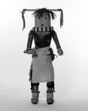 She-we-na (Zuni Pueblo) (Native American). Kachina Doll (Yamohakto), late 19th century. Hair, wood,pigment, textile, leather, yarn, metal, 17 1/4 x 5 1/4 x 7 in. (43.8 x 13.3 x 17.8 cm). Brooklyn Museum, Museum Expedition 1903, Museum Collection Fund, 03.325.4638. Creative Commons-BY