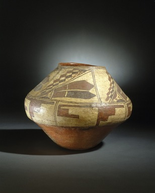 She-we-na (Zuni Pueblo) (Native American). Ashiwi Polychrome Water Jar, 1700-1750. Pottery, slip, 11 1/4 x 13 1/4 x 13 1/4 in. (28.6 x 33.7 x 33.7 cm). Brooklyn Museum, Museum Expedition 1903, Museum Collection Fund, 03.325.4739. Creative Commons-BY