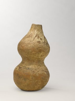 She-we-na (Zuni Pueblo) (Native American). Jar in the Shape of a Gourd, purchased in 1903. Clay, 8 7/8 x 4 1/2 x 4 1/2 in. (22.5 x 11.4 x 11.4 cm). Brooklyn Museum, Museum Expedition 1903, Museum Collection Fund, 03.325.4753. Creative Commons-BY