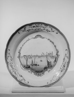 Large Plate or Platter, 1763. Decorated porcelain, 2 x 11 7/8 in. (5.1 x 30.2 cm). Brooklyn Museum, Gift of Reverend Alfred Duane Pell, 03.328.171. Creative Commons-BY