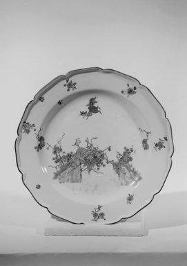 Plate, ca. 1730. Decorated porcelain, 1 1/8 x 8 7/8 in. (2.9 x 22.5 cm). Brooklyn Museum, Gift of Reverend Alfred Duane Pell, 03.328.38. Creative Commons-BY