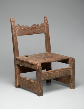 She-we-na (Zuni Pueblo) (Native American). Chair (tsem-pai-yau-nai), ca. 1850. Wood, stain, iron nails, 22 1/2 x 14 1/2 x 13 1/4in. (57.2 x 36.8 x 33.7cm). Brooklyn Museum, Museum Expedition 1904, Museum Collection Fund, 04.297.5130. Creative Commons-BY