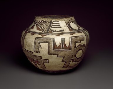 She-we-na (Zuni Pueblo) (Native American). Water Jar (Tai-lai), late 19th-early 20th century. Ceramic, pigment, 11 x 14 in. (29.0 x 36.0 cm). Brooklyn Museum, Museum Expedition 1904, Museum Collection Fund, 04.297.5248. Creative Commons-BY