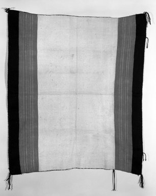 She-we-na (Zuni Pueblo) (Native American). Blanket (Ku-cha-ko-ha-na) or Cape (aduu). Wool, cotton, 44 5/16 x 38in. (112.5 x 96.5cm). Brooklyn Museum, Museum Expedition 1904, Museum Collection Fund, 04.297.5314. Creative Commons-BY
