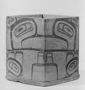 Haida (Native American). Household Box Representing Killer Whale(Taod), late 19th century. Wood, pigment, 11 5/8 x 9 13/16 in.  (29.5 x 25.0 cm). Brooklyn Museum, Museum Expedition 1905, Museum Collection Fund, 05.588.7311. Creative Commons-BY