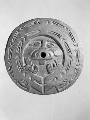 Chemainus, Coast Salish (Native American). Spindle Whorl (Sulsultin), 19th century. Hardwood, pigment traces, 8 3/4 x 8 3/4 x 3/8 in. (22.2 x 22.2 x 1 cm). Brooklyn Museum, Museum Expedition 1905, Museum Collection Fund, 05.588.7382. Creative Commons-BY