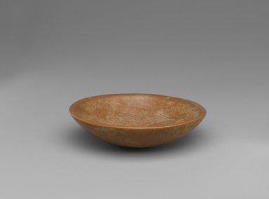 Saucer with Plain Horizontal Rim, ca. 3100-2800 B.C.E. Limestone, 1 1/8 x Diam. 4 5/16 in. (2.8 x 11 cm). Brooklyn Museum, Charles Edwin Wilbour Fund, 09.889.29. Creative Commons-BY