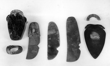 Large Knife, ca. 3300 B.C.E.-3100 B.C.E. Flint, 2 7/16 x 11 5/16 in. (6.2 x 28.8 cm). Brooklyn Museum, Charles Edwin Wilbour Fund, 09.889.119. Creative Commons-BY