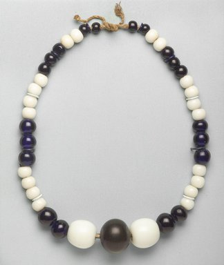 Ainu. Necklace. Porcelain beads, 1 3/4 x 34 5/8 in. (4.5 x 88 cm). Brooklyn Museum, Gift of Herman Stutzer, 12.450. Creative Commons-BY