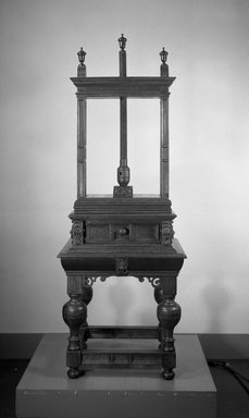 Linen Press, 17th century. Oak, 76 3/4 x 27 13/16 x 23 5/8 in. (195 x 70.6 x 60 cm). Brooklyn Museum, Brookyln Museum Collection, 12.877. Creative Commons-BY