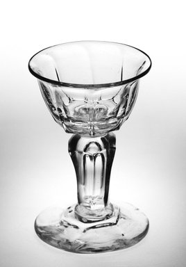 Lipped Ogee Bowl, 1680-1730. Glass, Height: 3 7/8 in. (9.8 cm). Brooklyn Museum, Purchased by Special Subscription and Museum Collection Fund, 13.205. Creative Commons-BY