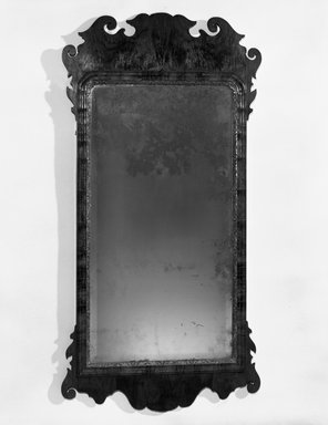 Looking Glass. Mahogany Brooklyn Museum, Henry L. Batterman Fund, 14.598. Creative Commons-BY