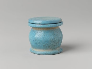 Kohl Jar with Lid, ca. 1539-1292 B.C.E. Faience, 1 3/4 x 1 7/8 in. (4.5 x 4.8 cm). Brooklyn Museum, Gift of the Egypt Exploration Fund, 14.609a-b. Creative Commons-BY