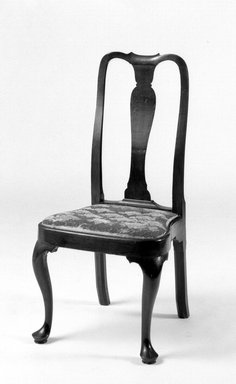 Sidechair, 1740-1750. Cherry, 41 x 19 1/2 x 17 in. (104.1 x 49.5 x 43.2 cm). Brooklyn Museum, Henry L. Batterman Fund, 14.710. Creative Commons-BY