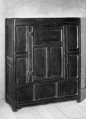 American. Wardrobe, 17th century. Paneled oak, 53 15/16 x 16 15/16 x 43 11/16 in. (137 x 43 x 111 cm). Brooklyn Museum, Frank Sherman Benson Fund, 16.498. Creative Commons-BY