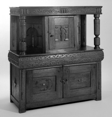 American. Carved Court Cupboard, 17th Century. Oak, 53 1/4 x 49 1/2 x 21 in. (135.3 x 125.7 x 53.3 cm). Brooklyn Museum, Henry L. Batterman Fund, 19.158. Creative Commons-BY