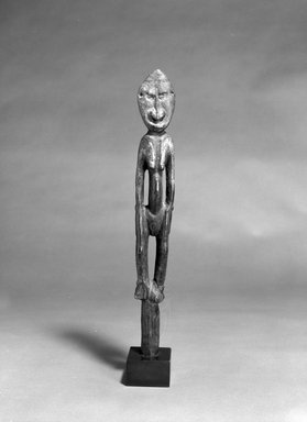 Iatmul. Female Figure. Wood, 17 x 4 x 3 1/2 in. (43.2 x 10.2 x 8.9 cm). Brooklyn Museum, The Adolph and Esther D. Gottlieb Collection, 1989.51.41. Creative Commons-BY