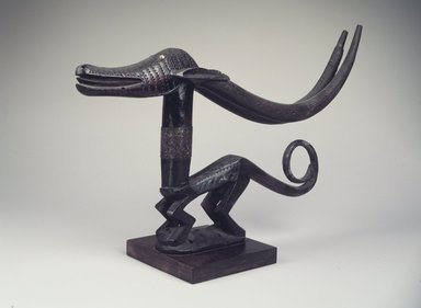 Bamana. Dance Headdress (Ci-wara Kun), 20th century. Wood, metal, 11 x 22 1/4 x 2 1/2in. (27.9 x 56.5 x 6.4cm). Brooklyn Museum, The Adolph and Esther D. Gottlieb Collection, 1989.51.51. Creative Commons-BY
