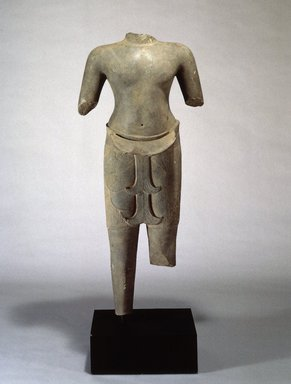 Torso of a Male Divinity, ca. 978-1010. Sandstone, 48 3/4 x 21 1/2 in. (124.0 x 54.5 cm). Brooklyn Museum, Purchase gift of Dr. Bertram H. Schaffner, 1991.131. Creative Commons-BY