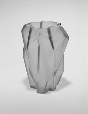 "Consolidated Lamp and Glass Company. ""Ruba Rombic"" Vase, ca. 1928. Non-lead glass, 6 1/4 x 4 7/8 x 4 1/2 in. (15.9 x 12.4 x 11.4 cm). Brooklyn Museum, Gift of Dianne Hauserman Pilgrim, 1991.96. Creative Commons-BY"