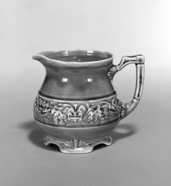 Unknown. Pitcher, early 20th century. Glazed earthenware, 5 x 6 1/2 x 5 in. (12.7 x 16.5 x 12.7 cm). Brooklyn Museum, Gift of Robert J. Mehlman, 1992.4. Creative Commons-BY