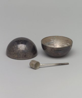Napier (1922-present). Salt and Pepper Server, ca. 1935. Silver-plated brass, (a & b) Bowl & Shaker fitted together: 1 7/8 x 2 x 2 in. (4.8 x 5.1 x 5.1 cm). Brooklyn Museum, Gift of Mark Isaacson, 1992.92.6a-c. Creative Commons-BY