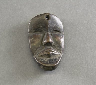 Dan. Personal Miniature Mask, 20th century. Wood, 3 1/4 x 2in. (8.3 x 5.1cm). Brooklyn Museum, Gift of Dr. Svend E. Holsoe, 1993.175.5. Creative Commons-BY