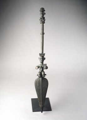 Ogoni. Paddle with Two Figural Carvings, late 19th or early 20th century. Wood, 47 x 6 1/2 x 4 1/8 in. (119.4 x 16.5 x 10.5 cm). Brooklyn Museum, Gift of Mr. and Mrs. Lee Lorenz, 1993.179.5. Creative Commons-BY