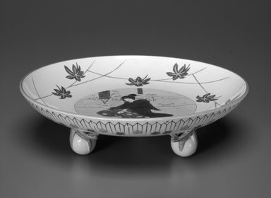 Josiah Wedgwood & Sons Ltd. (founded 1759). Footed Dish, ca. 1759-1900. Glazed earthenware with transfer printed decoration, height: 2 1/2 in. (6.3 cm). Brooklyn Museum, Gift of Paul F. Walter, 1993.209.52. Creative Commons-BY