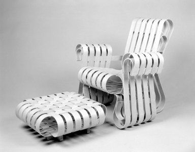 Frank Gehry (American, born 1929). Chair, Power Play, Designed 1991; Manufactured 1993. Laminated white maple, 32 7/8 x 31 3/8 x 30 3/8 in.  (83.5 x 79.7 x 77.2 cm). Brooklyn Museum, Gift of Andrew Cogan, 1993.71.1. Creative Commons-BY