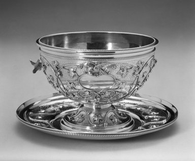 John Chandler Moore (active 1832-1844). Bowl, ca. 1860. Silver, height: 3 5/8 in. (99.3 cm). Brooklyn Museum, Marie Bernice Bitzer Fund, 1994.157.1. Creative Commons-BY