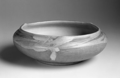 J. Meyer. Bowl, ca. 1910-1918. Ceramic, Other: 4 x 11 1/2 x 11 1/2in. (10.2 x 29.2 x 29.2cm). Brooklyn Museum, Gift of Dr. Clark S. Marlor in memory of Warren Zerbe (1923-1988), 1994.163.1. Creative Commons-BY