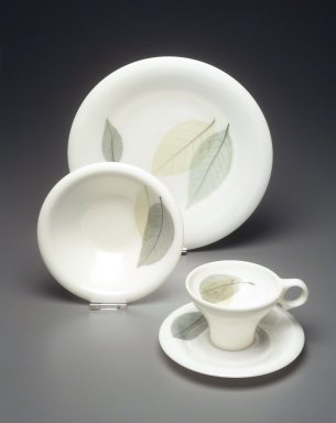 Russel Wright (American, 1904-1976). Cup and Saucer, Flair Line, Leaves Pattern, Designed 1959. Melamine (plastic), a Cup: 2 ½ x 5 x 3 7/8 in. (6.3 x 12.6 x 9.8 cm). Brooklyn Museum, Gift of Paul F. Walter, 1994.165.58a-b. Creative Commons-BY