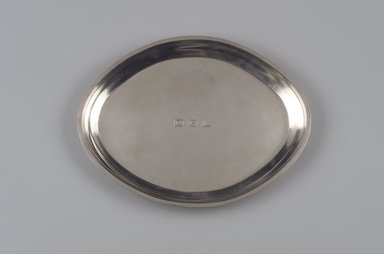 Reed & Barton (American, 1840-present). Tray, Modernist Pattern, Part of a 4-Piece Set, 1928-1929. Silver, 7/8 x 13 3/8 x 10 1/4 in. (2.2 x 34 x 26 cm). Brooklyn Museum, Gift of Daniel Morris and Denis Gallion, 1994.205.14. Creative Commons-BY
