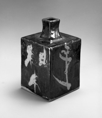 Hamada Shoji (Japanese, 1894-1978). Short-necked Square Bottle, 1901-1994. Stoneware with iron glaze decoration, 6 3/4 x 3 7/8 in. (17.1 x 9.8 cm). Brooklyn Museum, Gift of Mrs. Carl L. Selden, 1994.97.1. Creative Commons-BY
