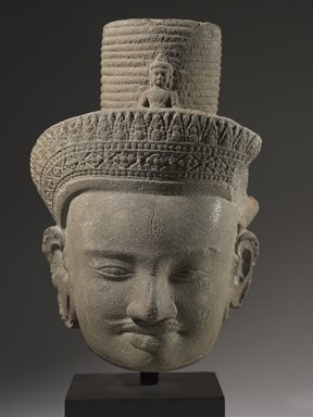 Head of Bodhisattva Avalokitesvara, 10th century. Gray sandstone, 11 1/2 x 7 1/2 x 7 1/2 in. (29.0 x 19.0 x 19.0 cm). Brooklyn Museum, Gift of Georgia and Michael de Havenon, 1995.180.1. Creative Commons-BY