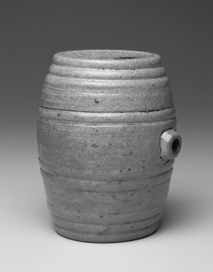 Thomas Hastings. Flask, ca. 1830. Salt-glazed stoneware, height: 5 1/2 in. (14.0 cm). Brooklyn Museum, Gift of Wunsch Americana Foundation, Inc., 1995.195.2. Creative Commons-BY