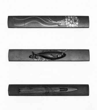 Hisatsune Fujiki (Japanese). Shibuichi Kozuka with Fish Design, ca. 1800. Two colors of shibuichi, shakudo, copper, silver, gold, length: 3 3/4 in. Brooklyn Museum, Gift of the J. Aron Charitable Foundation, Inc. in memory of Jack R. Aron, 1995.9.17. Creative Commons-BY