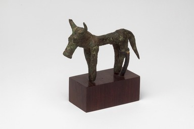 Figure of a Bull, Archaic Greek, ca. 7th century B.C.E. Bronze, (6.0 x 2.8 x 8.5 cm). Brooklyn Museum, Bequest of Mrs. Carl L. Selden, 1996.146.6. Creative Commons-BY