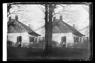 Daniel Berry Austin (American, born 1863, active 1899-1909). Isaac Cornel Schenck House at Jamaica Avenue, Highland Park, Brooklyn, ca. 1899-1909. Gelatin silver glass dry plate negative Brooklyn Museum, Brooklyn Museum/Brooklyn Public Library, Brooklyn Collection, 1996.164.1-13