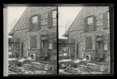 Daniel Berry Austin (American, born 1863, active 1899-1909). Rem Lefferts House, East Gable, Fulton Street and Bedford Avenue, Brooklyn, ca. 1899-1909. Gelatin silver glass dry plate negative Brooklyn Museum, Brooklyn Museum/Brooklyn Public Library, Brooklyn Collection, 1996.164.1-140